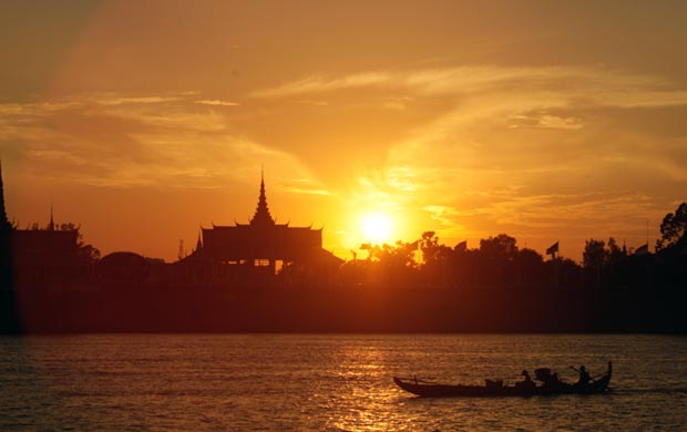 sunset river cruise phnom penh